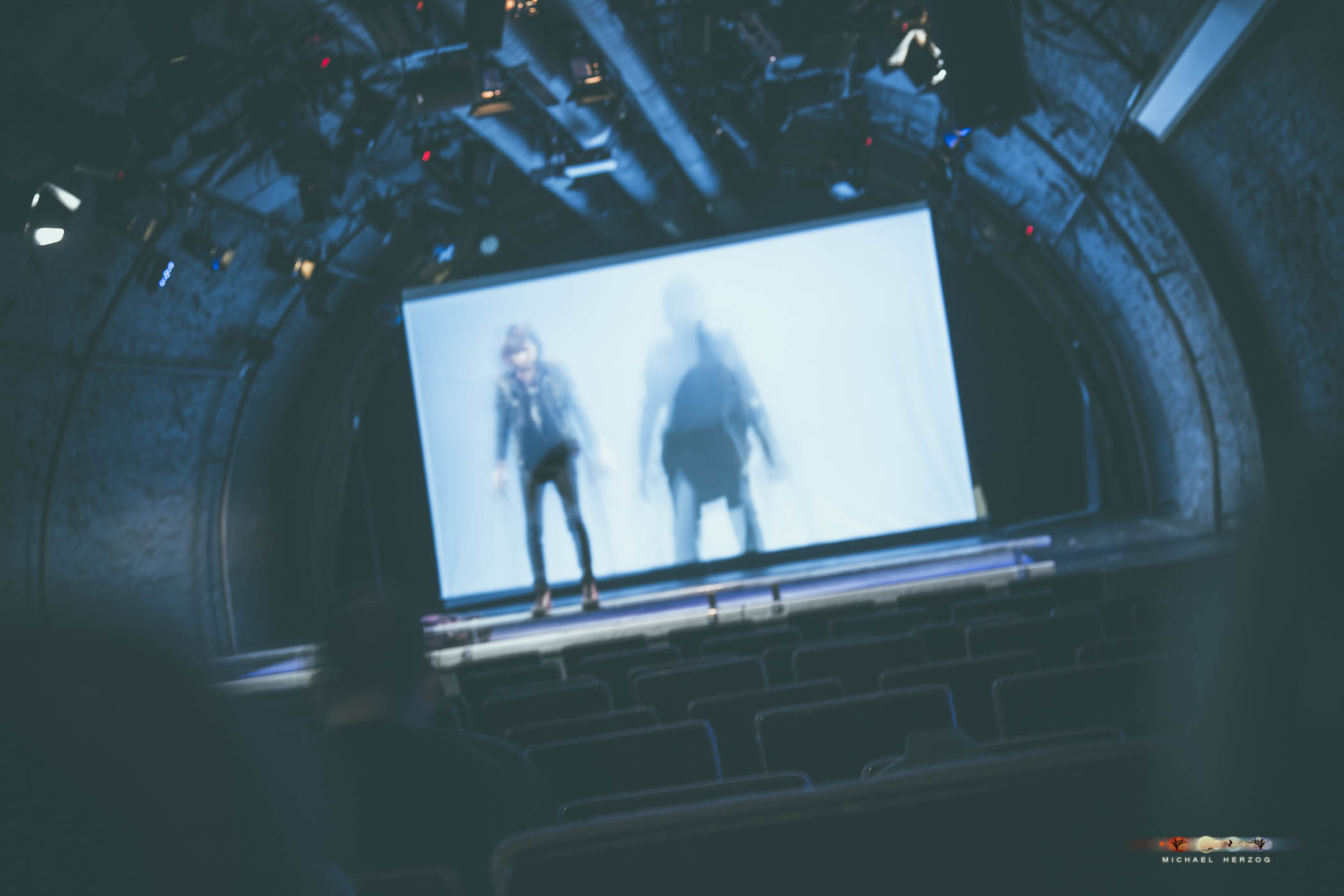 KleinesTheater_AsipJenny_MichaelHerzog_web-4585.jpg