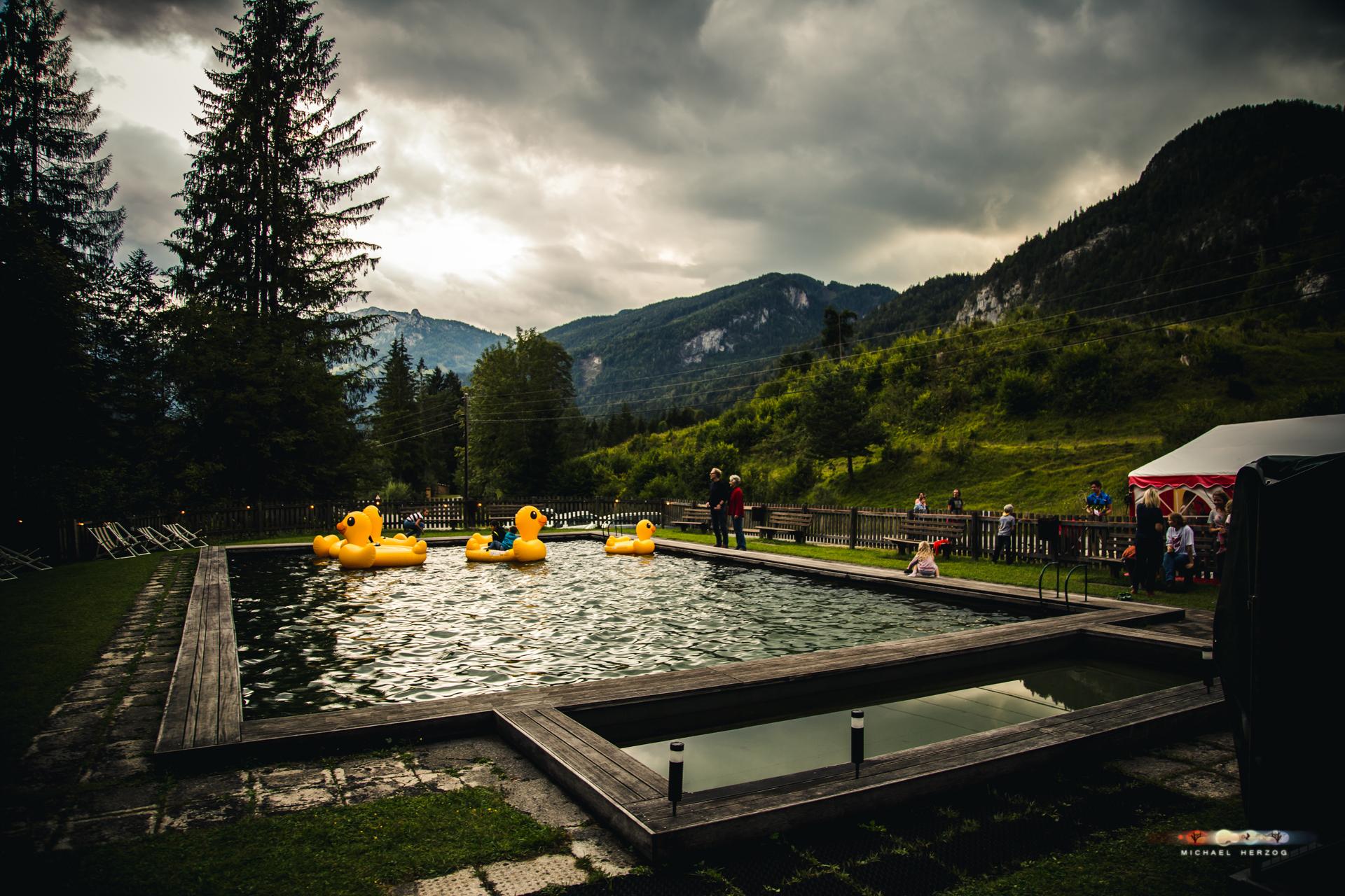 SchwimmbadFest_Sommer2018_MichaelHerzog-8693.jpg