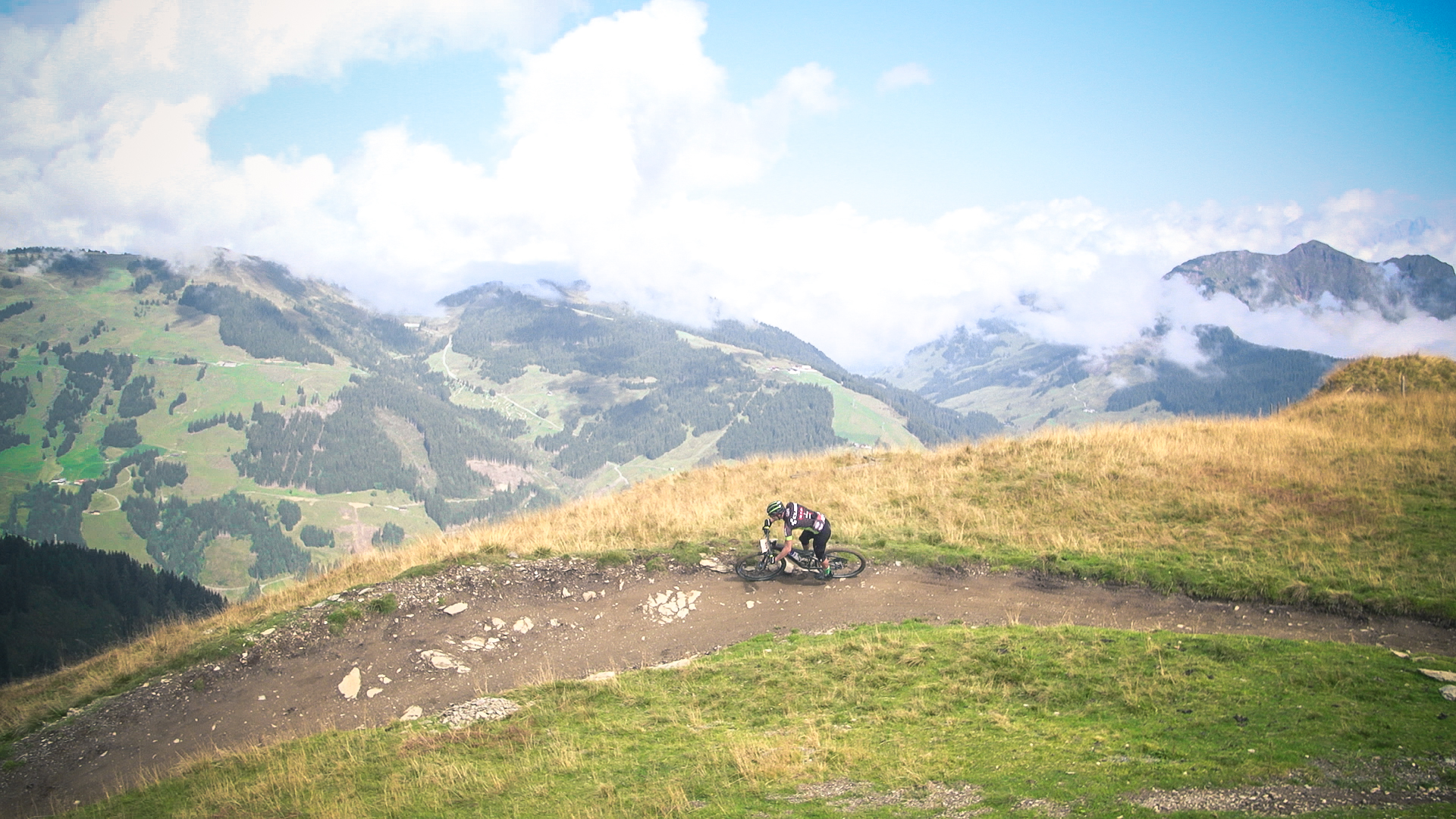 WorldgamesofMountainbiking_2018_Screenshot_AUTrenalinMEDIA-03.jpg