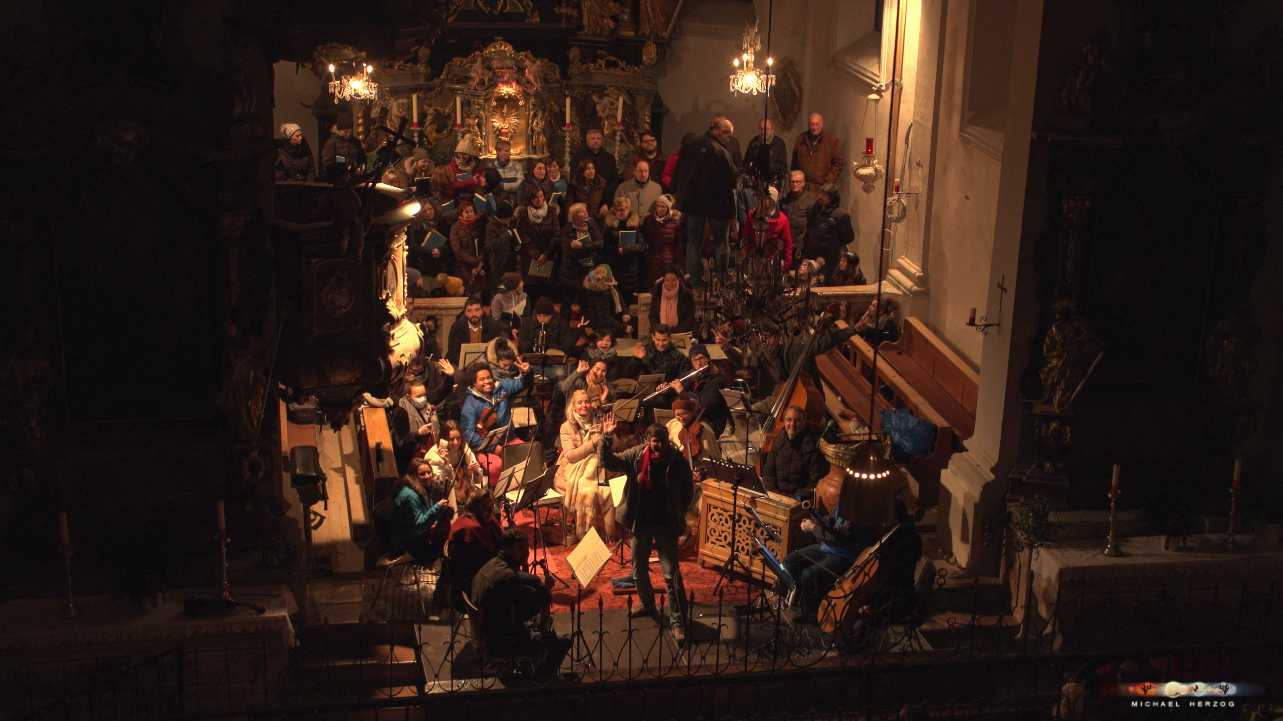 ArnsdorferSternstunden_Chorprobe-mit-PhilharmonieSalzburg_Screenshot_MichaelHerzog-20.jpg