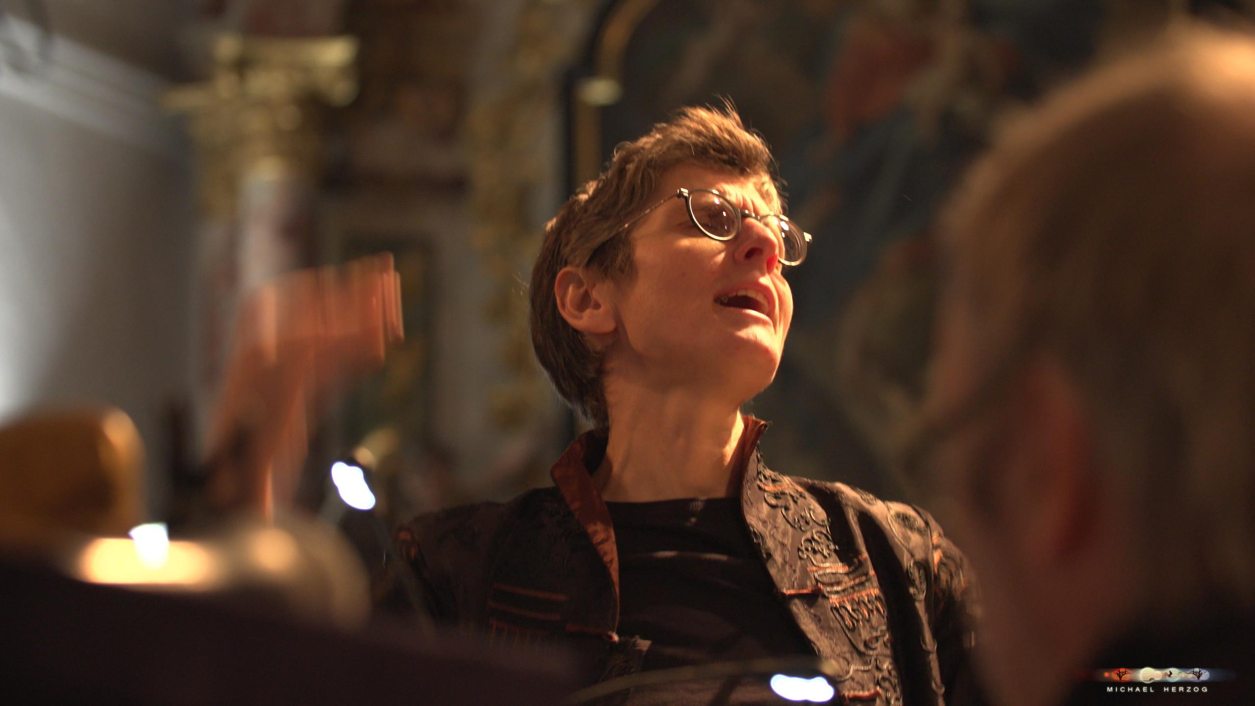 ArnsdorferSternstunden_Konzertabend1-mit-PhilharmonieSalzburg_Screenshot_MichaelHerzog-01-2.jpg