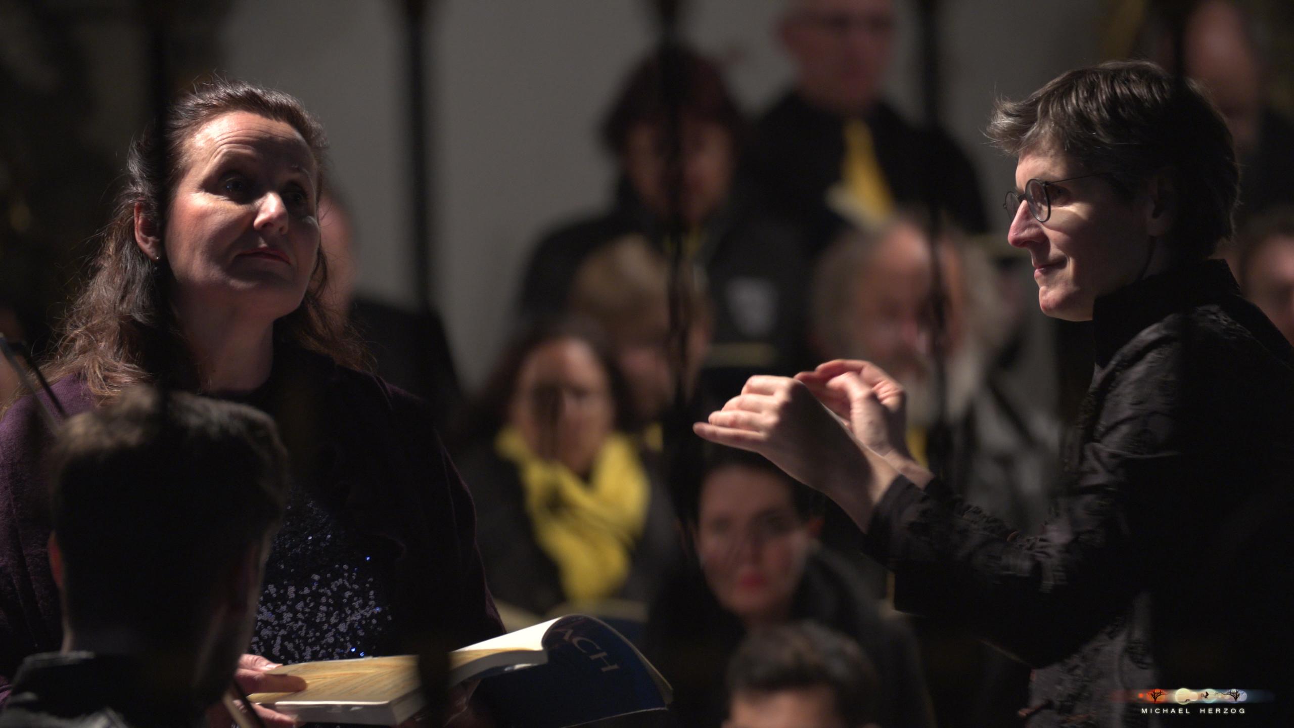 ArnsdorferSternstunden_Konzertabend1-mit-PhilharmonieSalzburg_Screenshot_MichaelHerzog-04-3.jpg