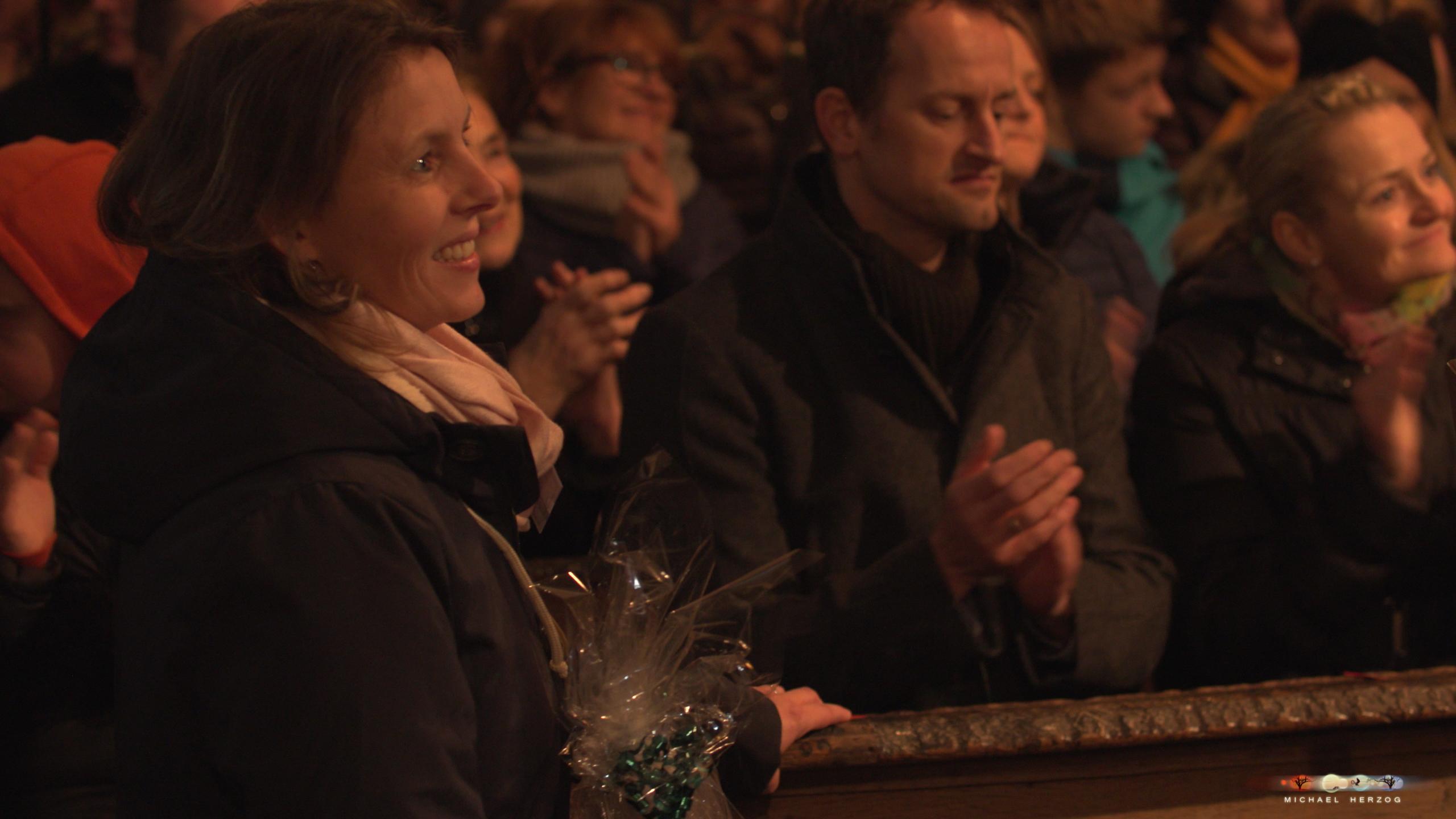 ArnsdorferSternstunden_Konzertabend1-mit-PhilharmonieSalzburg_Screenshot_MichaelHerzog-07.jpg