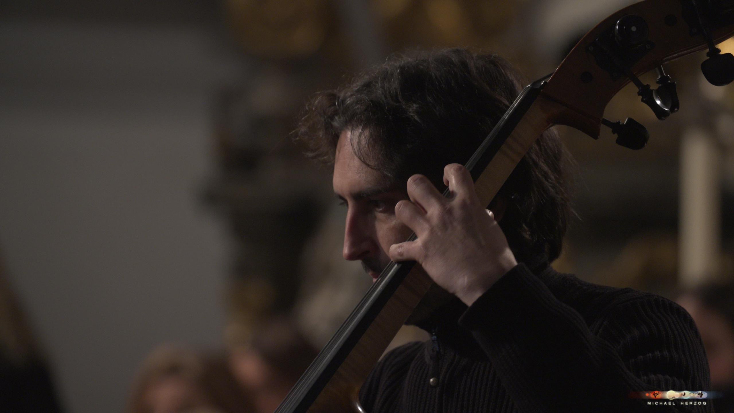 ArnsdorferSternstunden_Konzertabend1-mit-PhilharmonieSalzburg_Screenshot_MichaelHerzog-15-2.jpg