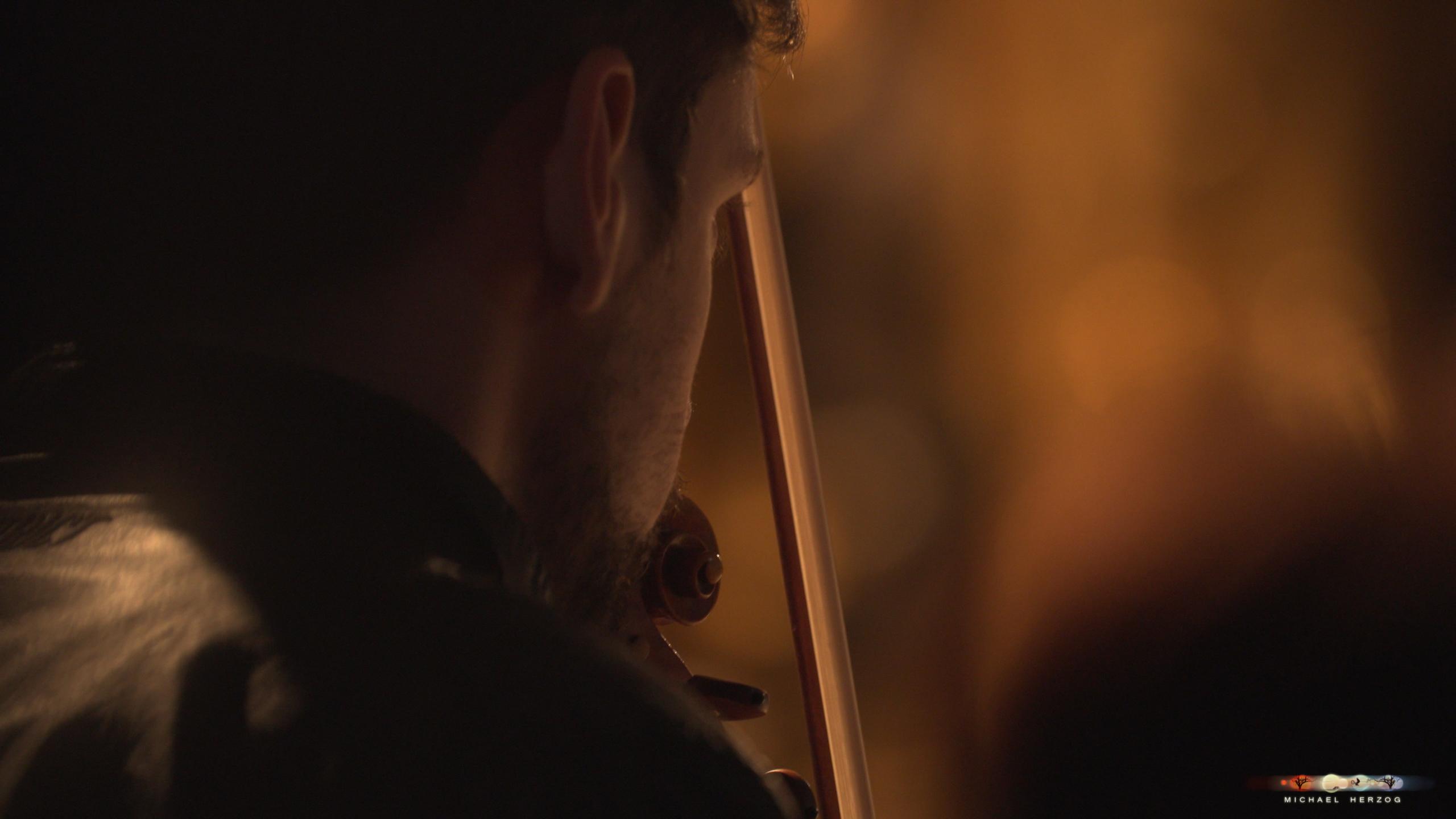 ArnsdorferSternstunden_Konzertabend1-mit-PhilharmonieSalzburg_Screenshot_MichaelHerzog-15-4.jpg