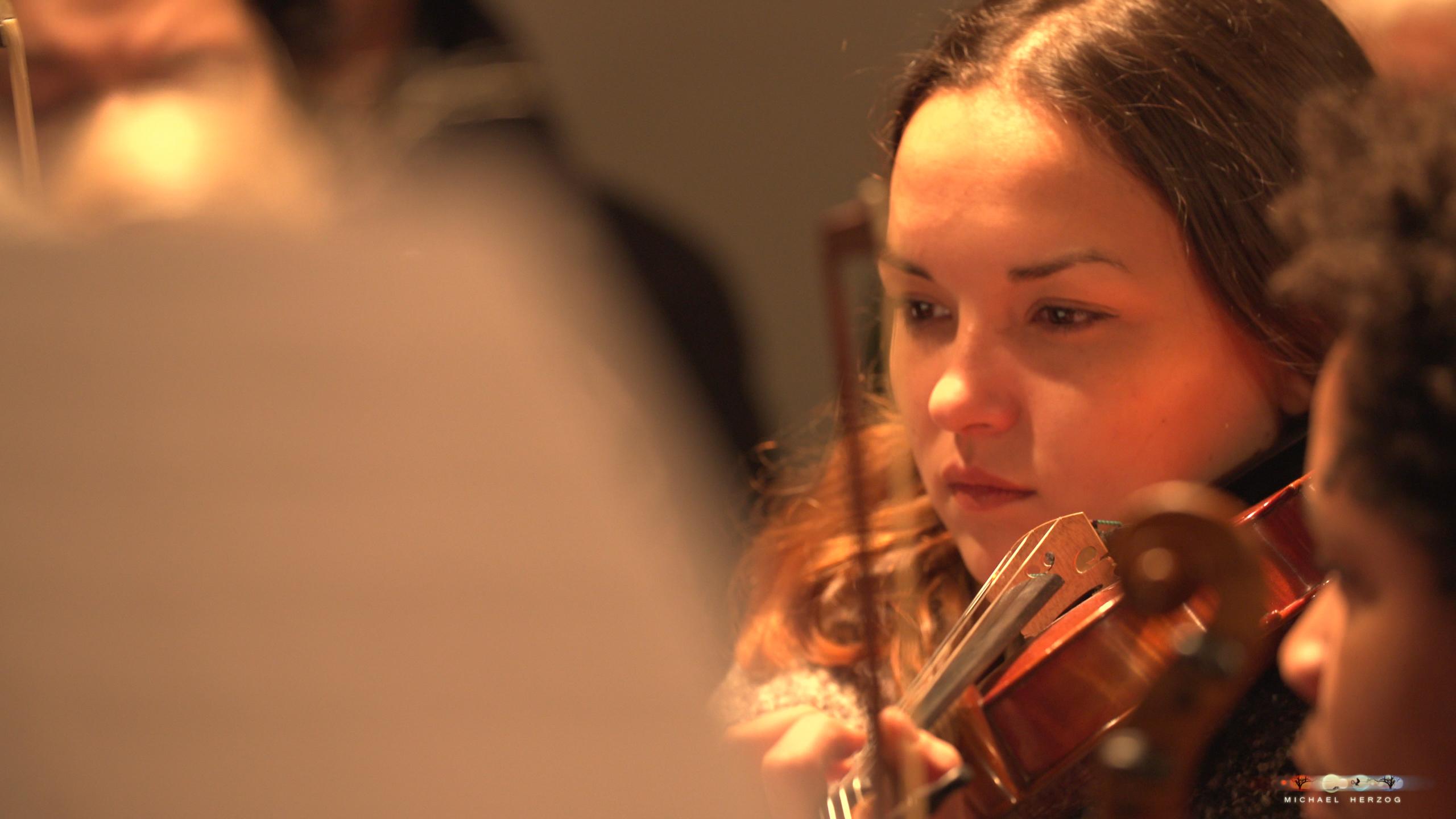ArnsdorferSternstunden_Konzertabend1-mit-PhilharmonieSalzburg_Screenshot_MichaelHerzog-18.jpg