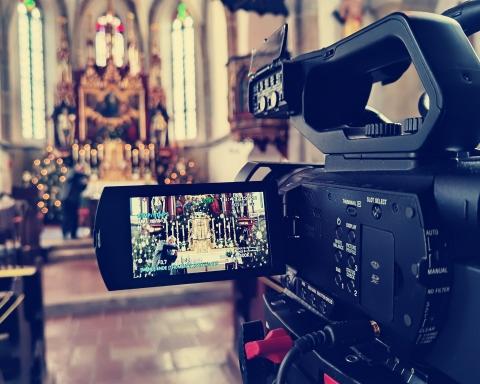 Liveübertragung Kirche